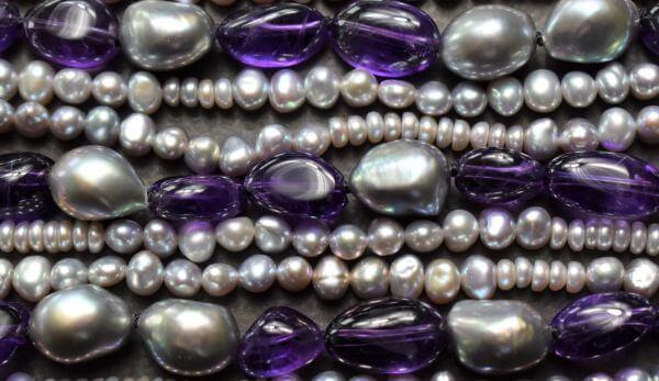 Kette Amethyst und Perlen Schmuckwerkstatt Unikatschmuck handgemacht